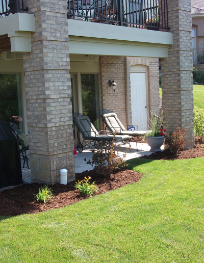 condo, residential community, rental landscaping services in Wisconsin